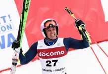 Massimiliano Blardone esulta per il terzo posto conquistato a Yuzawa Naeba