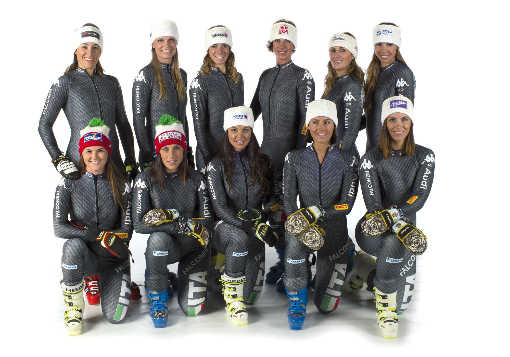 Goggia, Moelgg, Bassino, Costazza, Nadia Fanchini, Marsaglia. In basso da sinistra: Pirovano, Brignone, la sfortunata Pichler, Irene ed Elena Curtoni (@FISI/Pentaphoto)