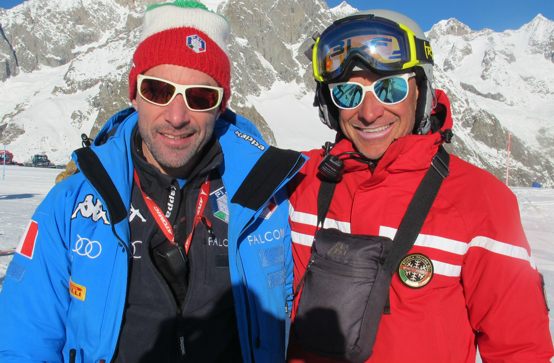 Steve Locher nel recente training di Courmayeur con Matteo Belfrond, coach Crammont ed ex azzurro ©Gabriele Pezzaglia