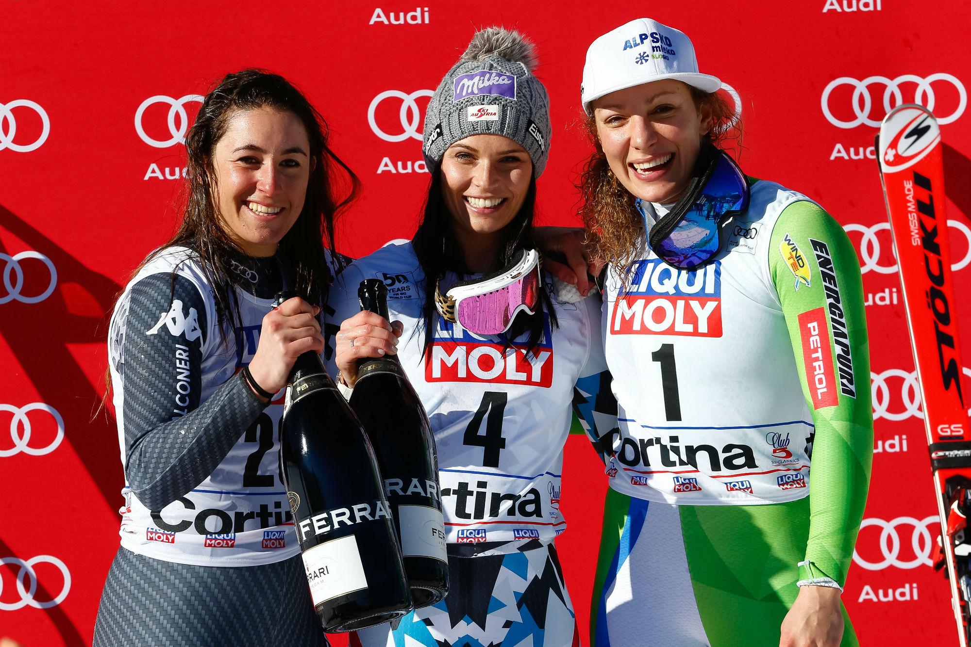 Goggia, Veith e Stuhec sul podio a Cortina (@Zoom agence)