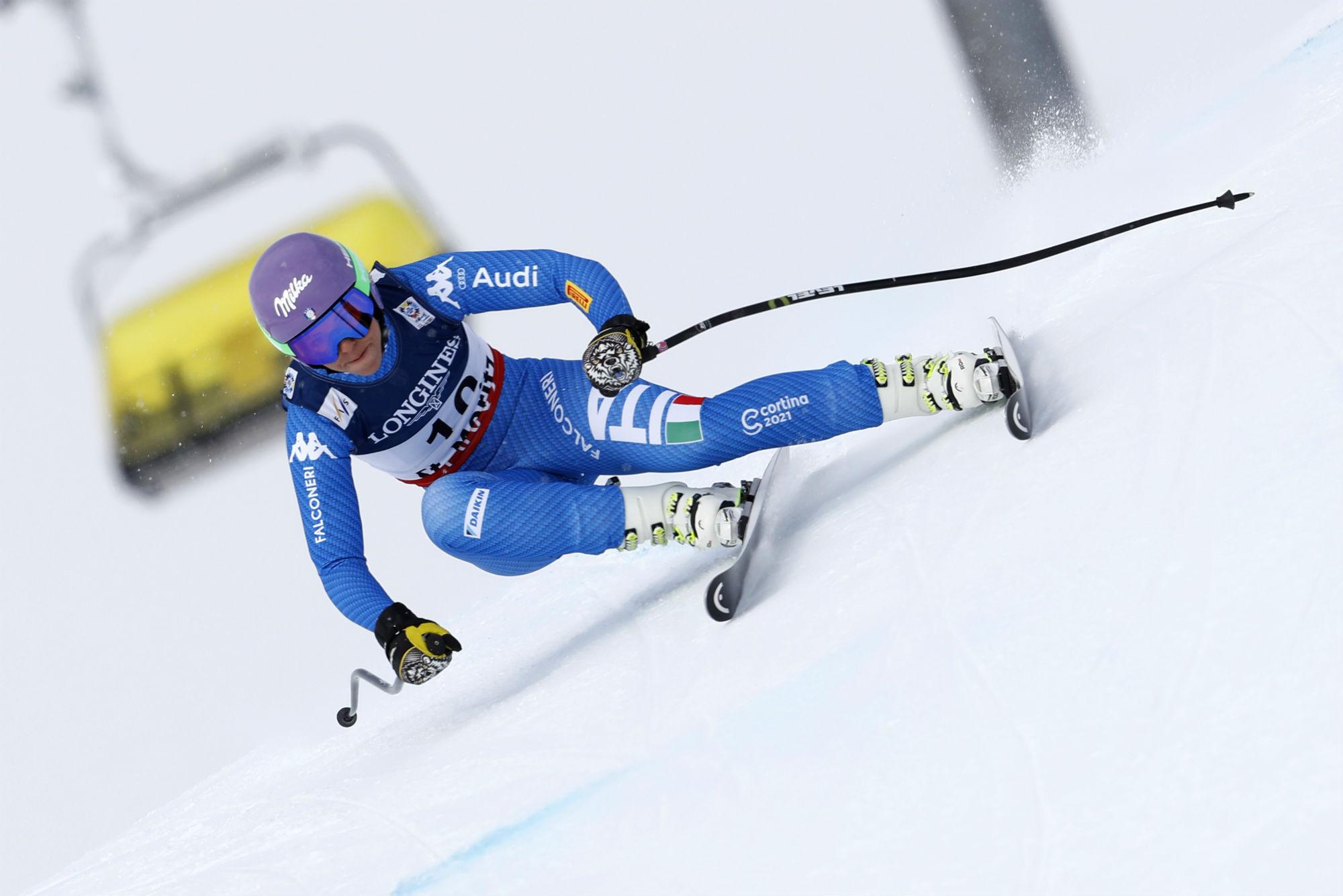 Elena Curtoni in discesa nella combinata alpina (@Pentaphoto)
