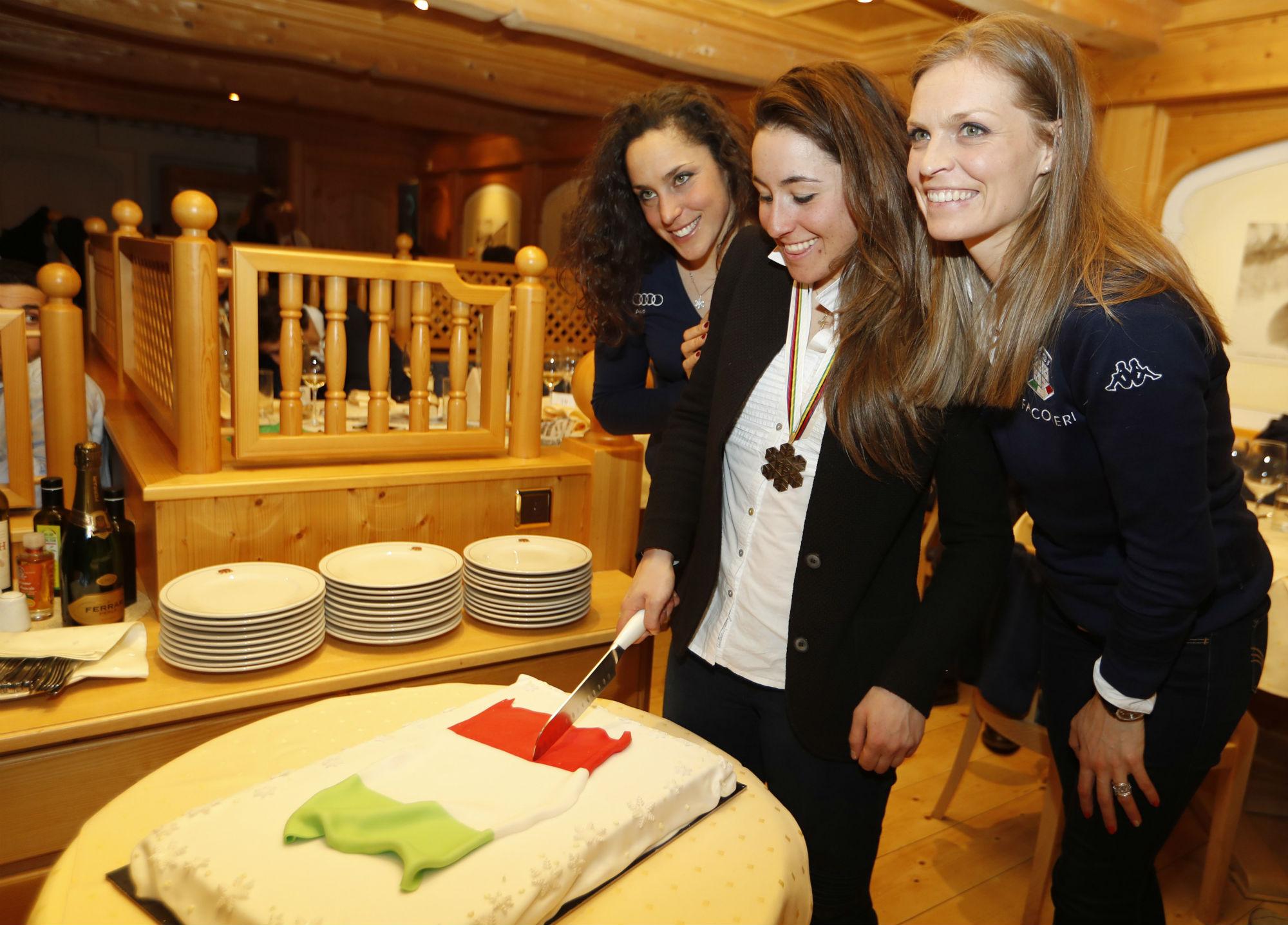 Federica Brignone, Sofia Goggia e Manuela Moelgg a Chalet Italia (@Pentaphoto)