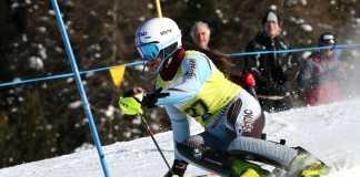 Sara Dellantonio nello slalom di Pila