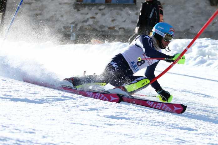 Federico Liberatore impegnato nello slalom di Gressoney