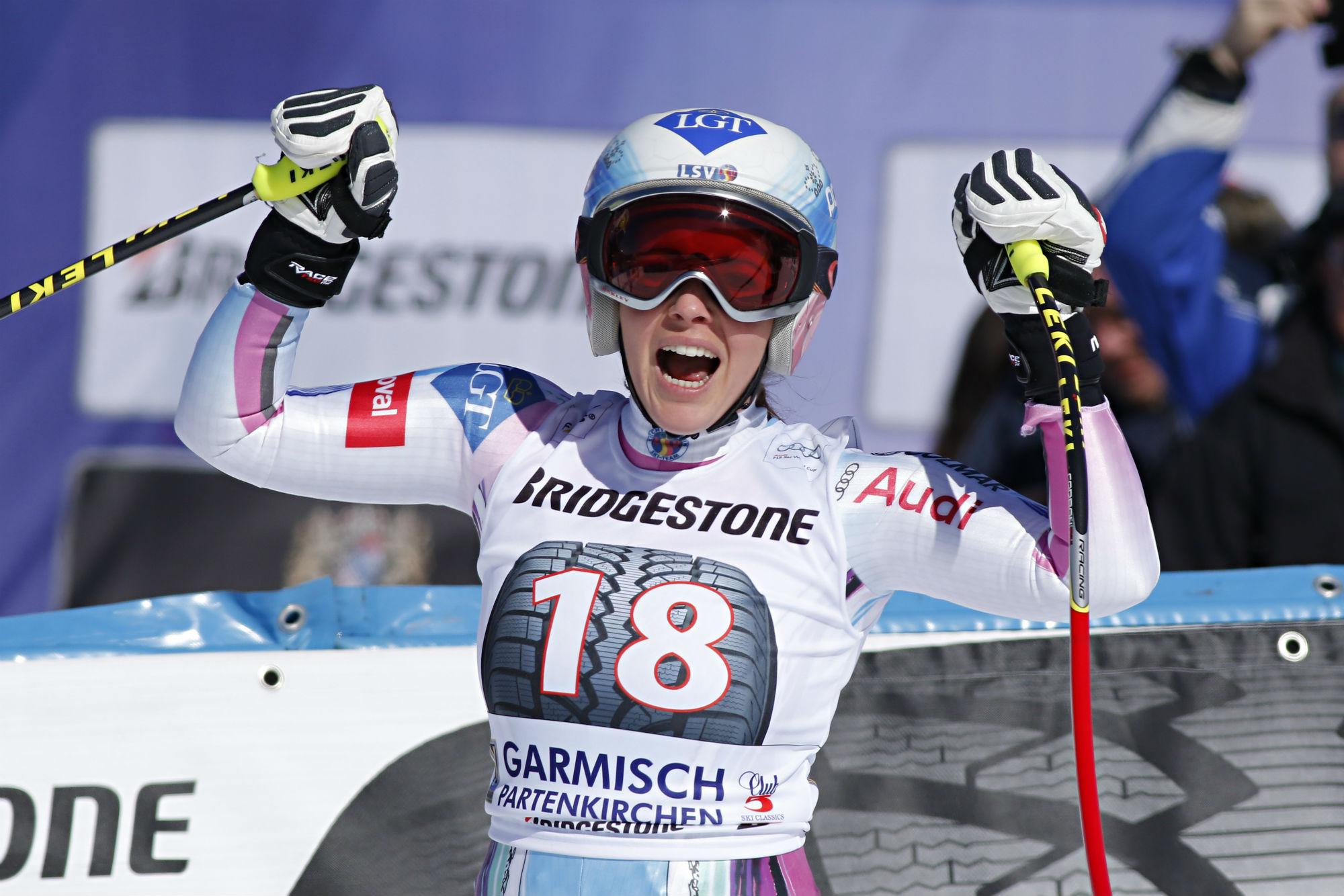 Tina Weirather in trionfo nella scorsa stagione in discesa a Garmisch-Partenkirchen @Zoom Agence