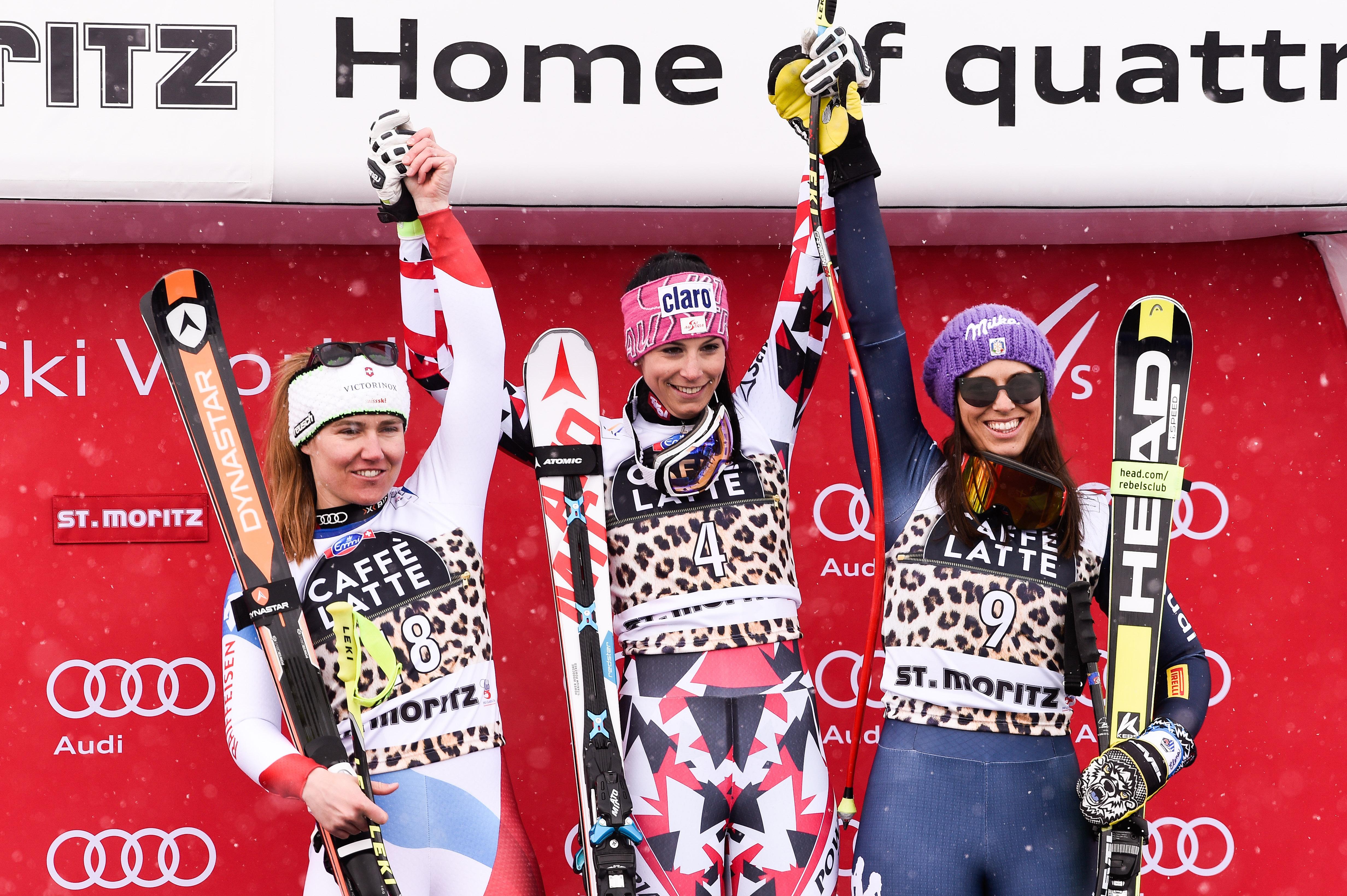 Fabienne Suter, Mirjam Puchner ed Elena Curtoni: il podio dell'ultima (decima) discesa stagionale, a St. Moritz @Zoom Agence