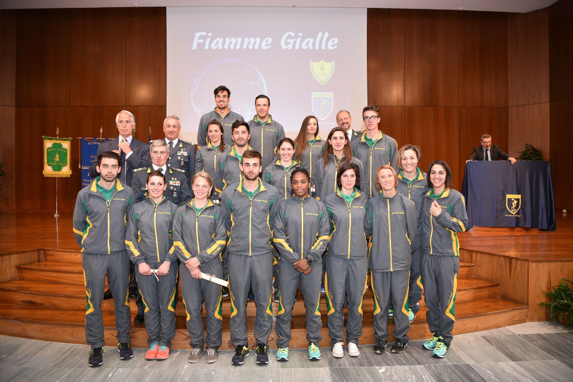 Ufficio In Fiamme : Fanchini e innerhofer premiati a roma con le fiamme gialle race