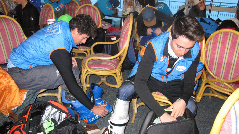 Lorenzo Mencaccini e Diego De Zan del Monte Lussari si preparano...