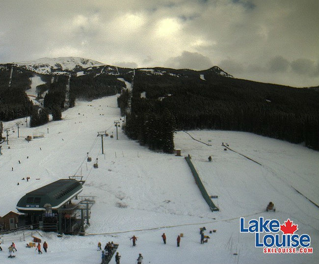 Lake Louise a valle il 21 novembre (@Web Cam sito ufficiale)