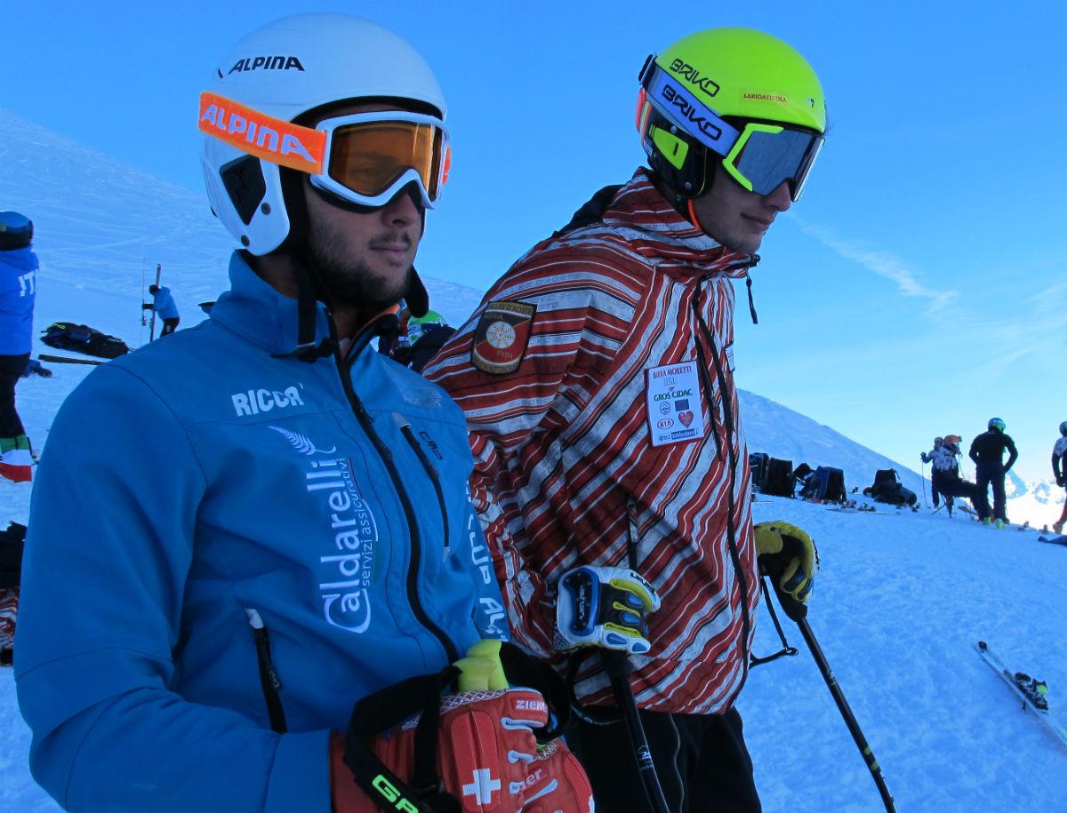 I portacolori dell'Aosta Riicardo Grecchi ed Athos Casartelli scrutano la Bellevue ©Gabriele Pezzaglia