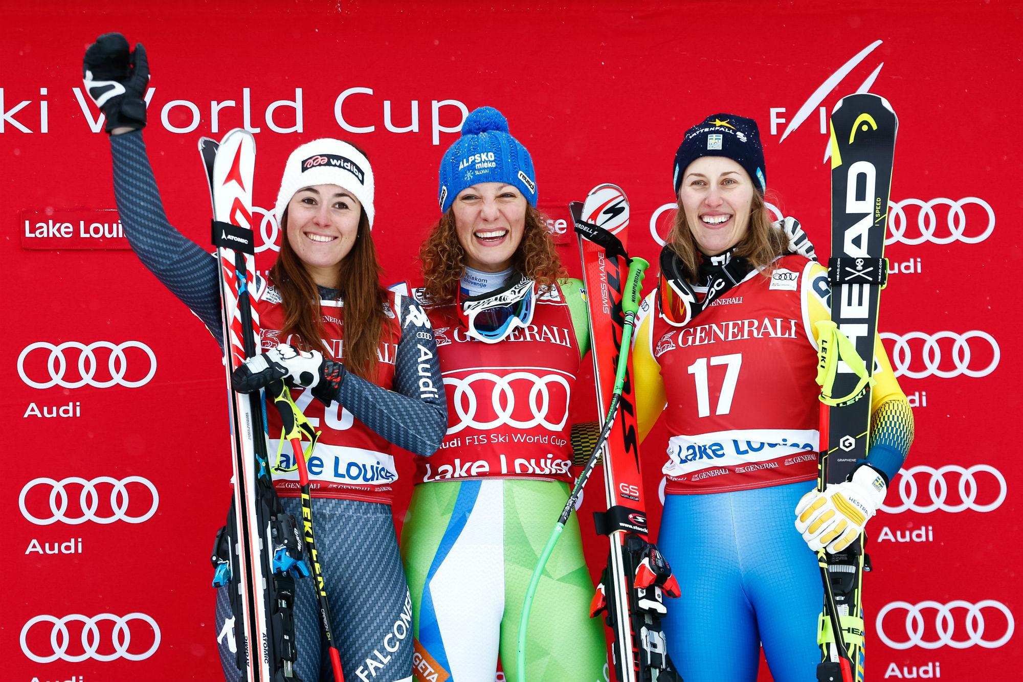 Sofia Goggia, Ilka Stuhec, Kajsa Kling: il podio della prima discesa libera stagionale di Coppa (@Zoom agence)