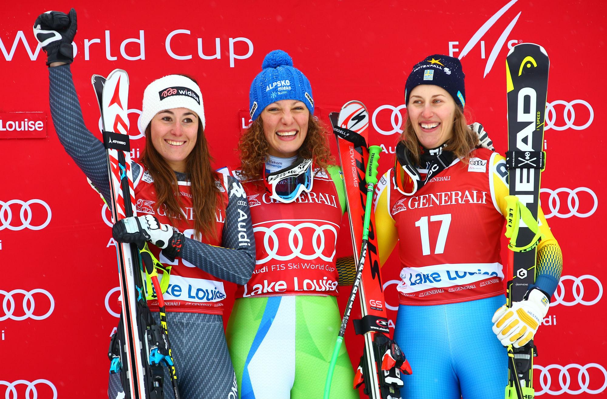 Sofia Goggia, Ilka Stuhec, Kajsa Kling: il podio della prima discesa libera stagionale di Coppa (@Atomic Gepa)
