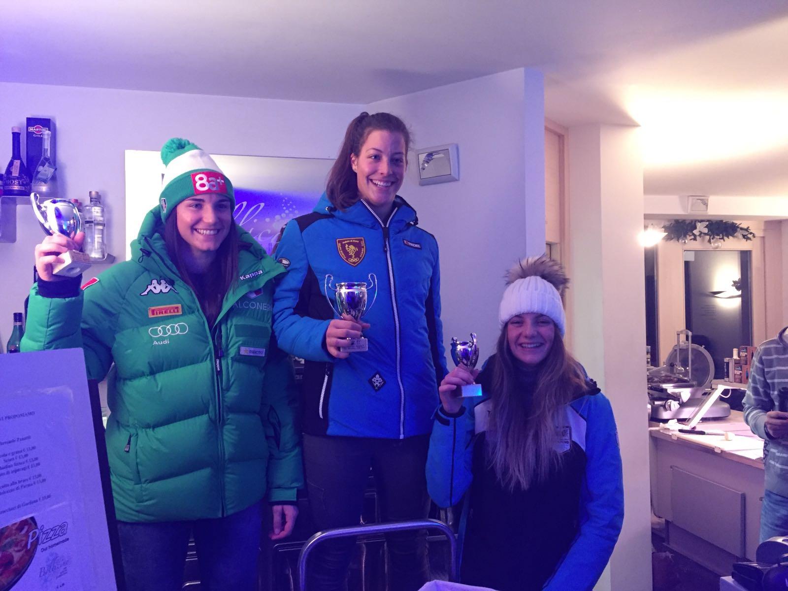 Il podio dello slalom FIS a Madesimo di giovedì 12 gennaio, valido anche per il GPI