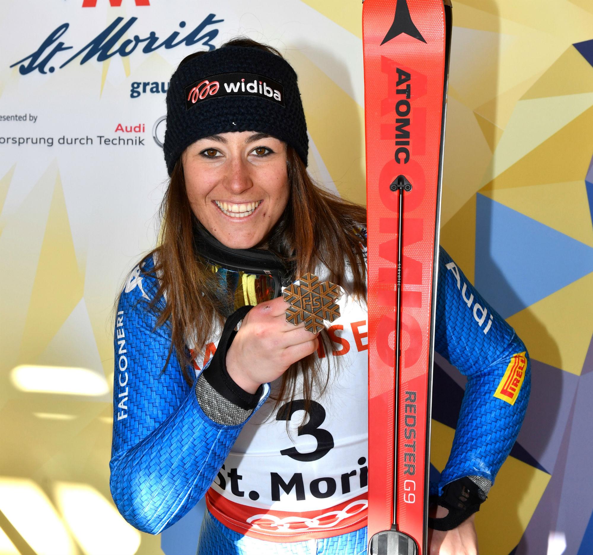 Sofia Goggia con il bronzo iridato conquistato in gigante a St. Moritz (@Gepa Atomic)