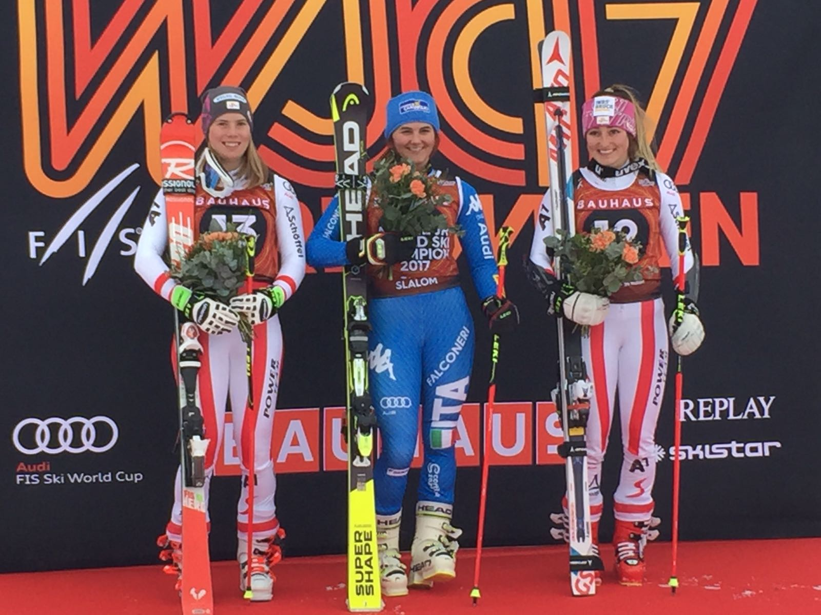 Katharina Liensberger, Laura Pirovano e Chiara Mair sul podio del gigante ai Mondiali jr. di Aare 2017