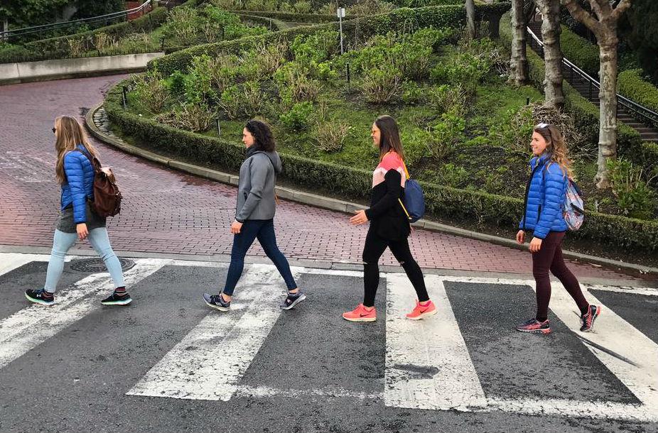Goggia, Brignone, Curtoni e Bassino a San Francisco (@Pag. FB ufficiale Brignone)