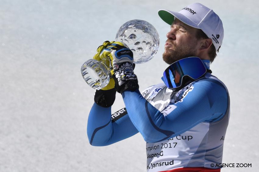 Kjetil Jansrud con la coppetta vinta ©Agence Zoom