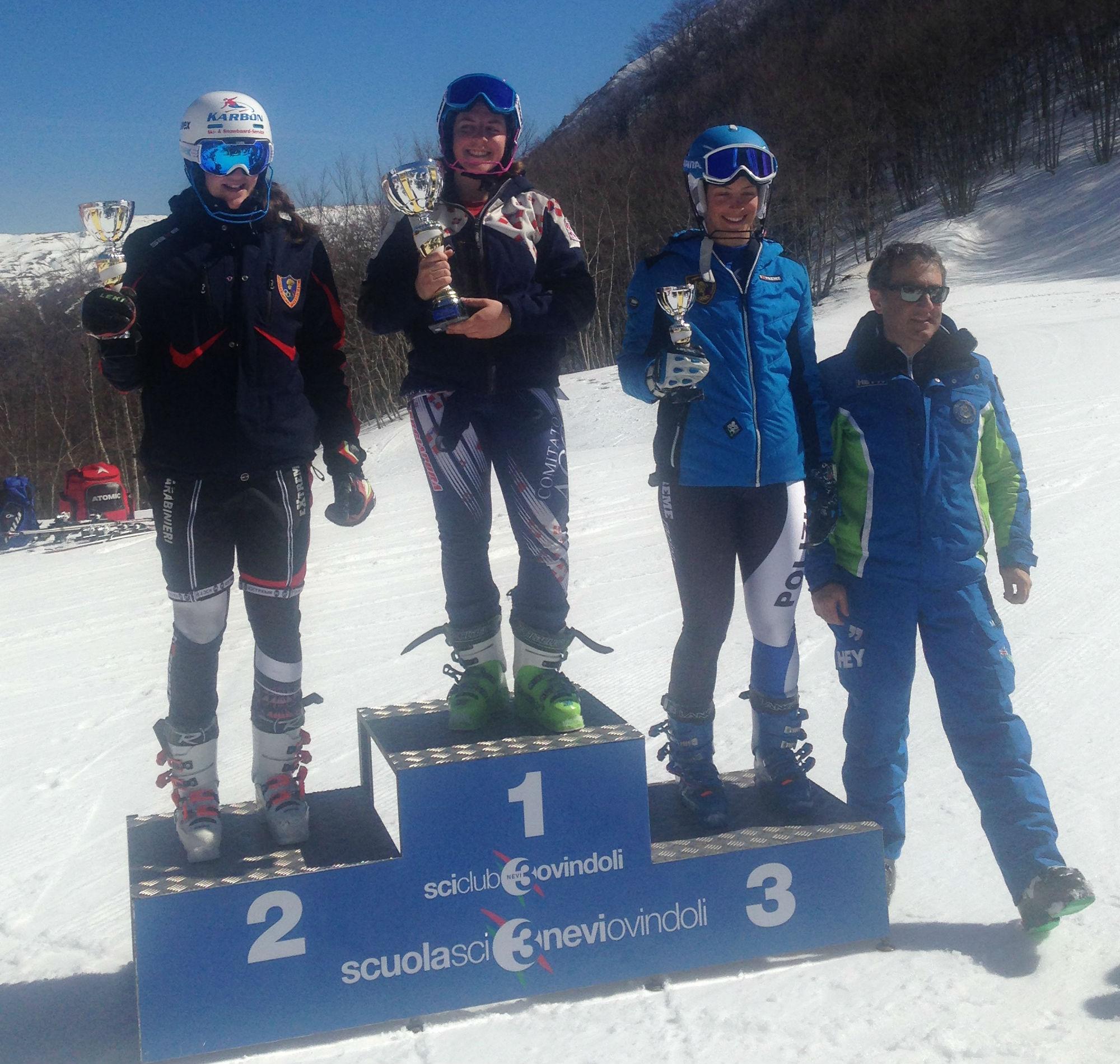 Il podio della FIS di slalom del primo giorno